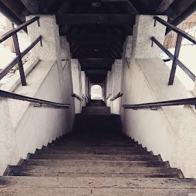 91 zgleda bolj grozno kot pa je ;-)😜😎👌 by Metka Majcen - Uncategorized All Uncategorized ( stairs, 91, nice )