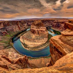 Horseshoe Bend by Victor Martin - Landscapes Caves & Formations ( desert, page, arizona, horshoebend, river, , Earth, Light, Landscapes, Views )