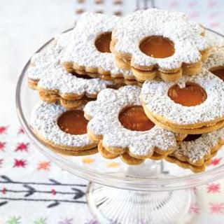 Jammy Linzer Sandwich Cookies