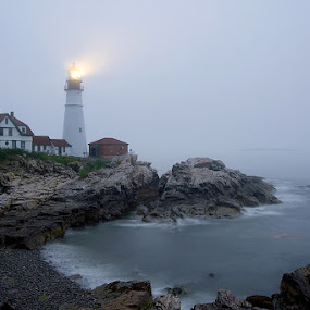 Portland Head Light by Andrew Boyd - Landscapes Travel