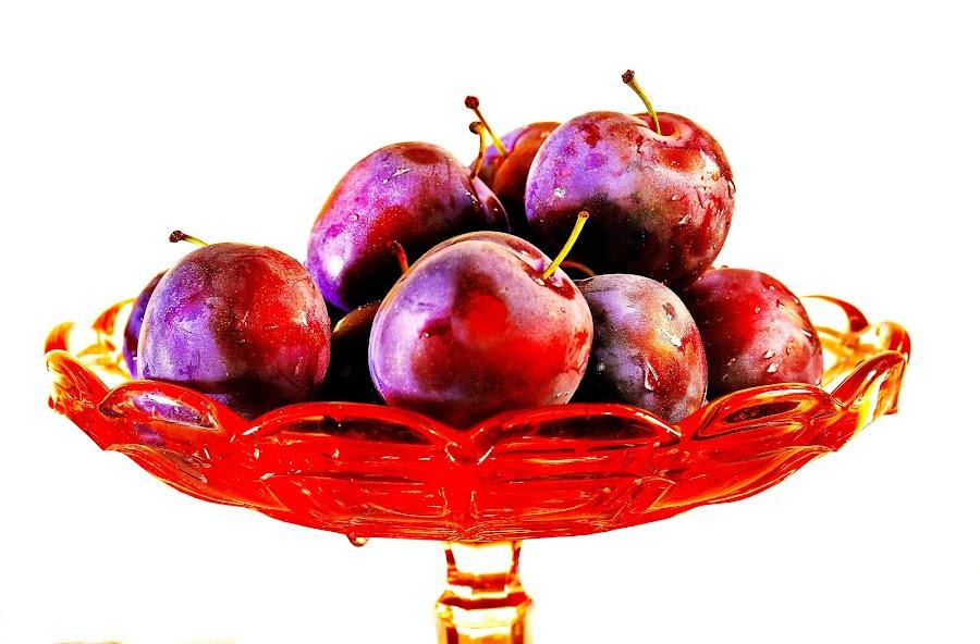 Plum by Azher S Saleh - Food & Drink Fruits & Vegetables ( fruit )