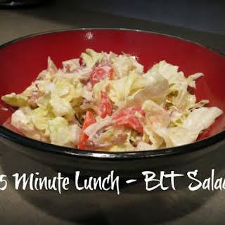 5 Minute Lunch – BLT Salad.