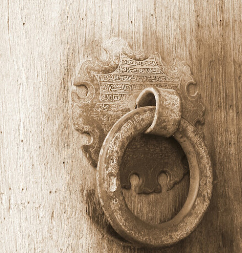 Old door handle by Maz Tissink - Artistic Objects Antiques