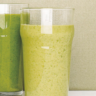 Kale Smoothie With Pineapple and Banana.