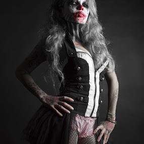 A Splash of Kitty Clown by Kyle Rea - Public Holidays Halloween ( goth photos, kyle rea photography, gothic art, horror photos, splash photography, sexy girls, genre photos, kitty clown, halloween, selective color, pwc,  )