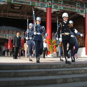 Changing of the Guards by Jed Mitter - People Street & Candids ( taiwan, taipei, historical, martyr's shrine, chinese )