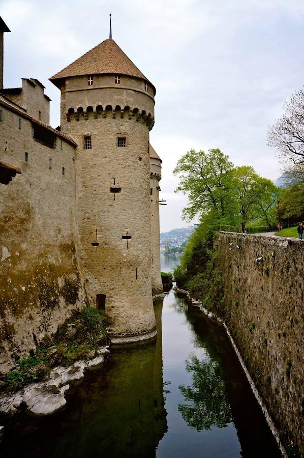 Montreux Castle by Lucas Mendonca - Buildings & Architecture Public & Historical