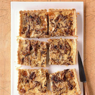 Caramelized Onion and Gorgonzola Quiche