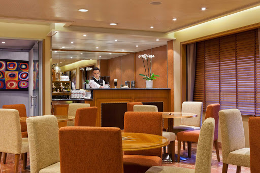 Regent-Seven-Seas-Voyager-Coffee-Connection - Sip a coffee drink and relax in the casual atmosphere of Coffee Connection on your Seven Seas Voyager cruise.