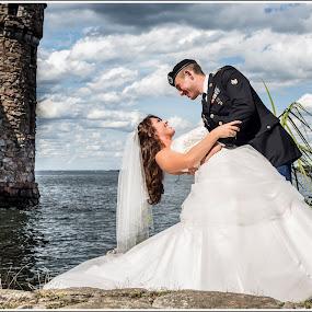Boldt Castle Wedding by Kimberly Arend Porter - Wedding Bride & Groom ( wedding photography, alexandriabayny, beautiful, castle, new york, people, romance )