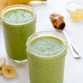 Kale Pineapple Smoothie {Kick Booty Kale Smoothie}
