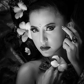 silent by Vian Arfan - Black & White Portraits & People