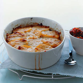 Polenta Pie with Cheese and Tomato Sauce.