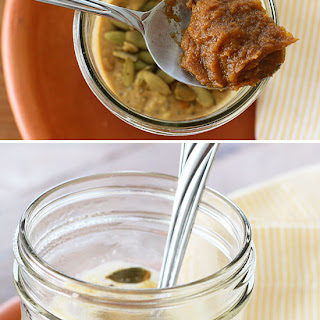 Skinny Pumpkin Overnight Oats in a Jar