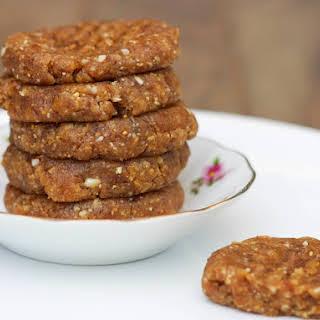 Raw Peanut Butter Cookies [Vegan, Raw, Gluten-Free].