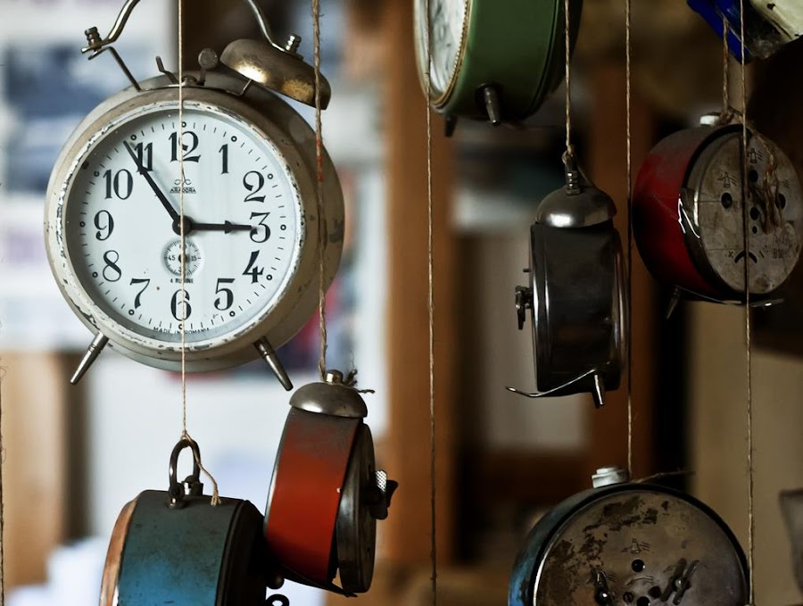 Time flies by Petrisor Craciunoiu - Artistic Objects Antiques ( time, rope, clock, hours, antique, object )