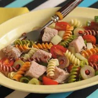 Wacky Mac®, Pork and Tomato Salad with Chile Vinaigrette Dressing