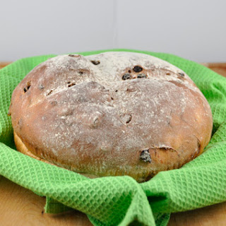 Irish Raisin Soda Bread