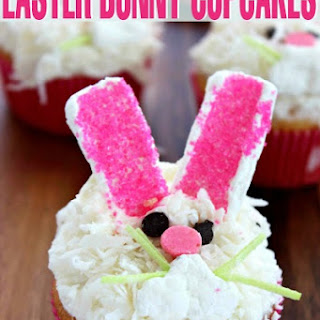 Easy Easter Bunny Cupcakes.