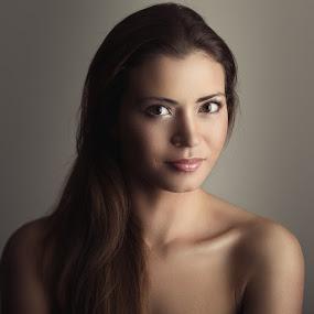 Diana by Mindaugas Navickas - People Portraits of Women ( studio, fotomindo.eu, mindaugas navickas, woman, beauty, portrait )