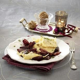 Gorgonzola-Ravioli mit Schalotten