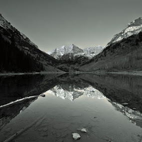 The Maroon Bells in Black and White by George Kremer - Landscapes Mountains & Hills ( mountains, mountain, maroon lake, colorado, 14ers, maroon bells, aspen, black&white, , black and white, b&w, landscape )