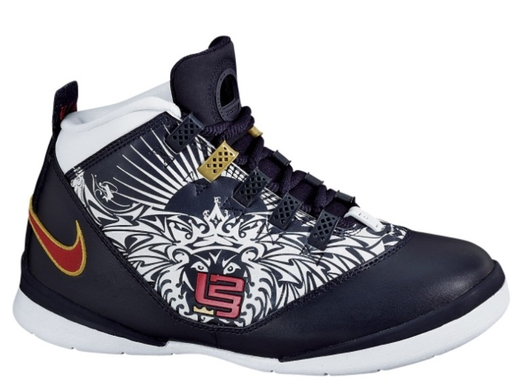 fcb752dee48 ... Rare Tattoo Nike Zoom LeBron Soldier II in Mens Size ...