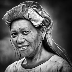 The Toraja by Alan Fadlansyah - People Portraits of Women ( fadlansyah )