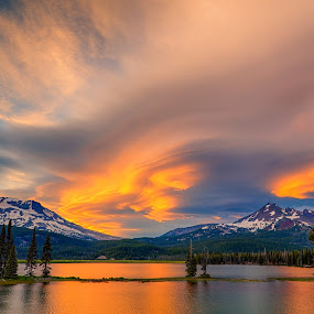 Sparks Lake by Zach Blackwood - Landscapes Sunsets & Sunrises ( clouds, oregon, mountains, sunset, sparks lake, central oregon, lenticular clouds )