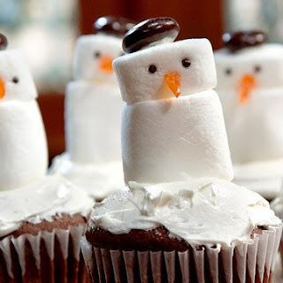 Snowman Cupcakes.