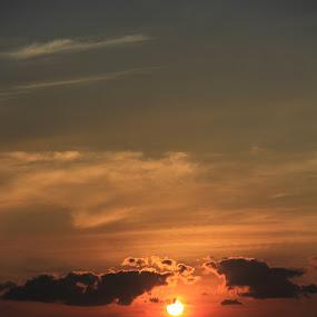 sunset.. by Prakash Prem - Landscapes Sunsets & Sunrises