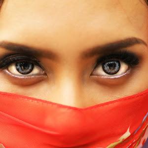 Eyes of Putri.jpg