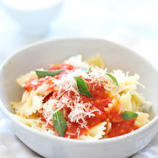 Easy Tomato Pasta Sauce.