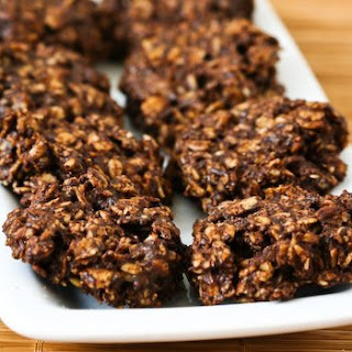 Fudgy Version of Sugar-Free and Flourless Chocolate and Oatmeal Cluster Cookies.