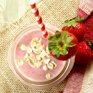 Strawberry Oat Smoothie.