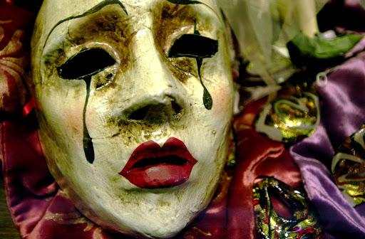 JFvenicemask - Carnaval masks are individual works of art that make memorable souvenirs.