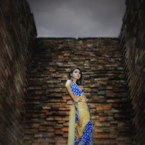 Meri Anggraini by Octavianus Rio Herliawan - People Fashion ( sexy, traditional, photography )