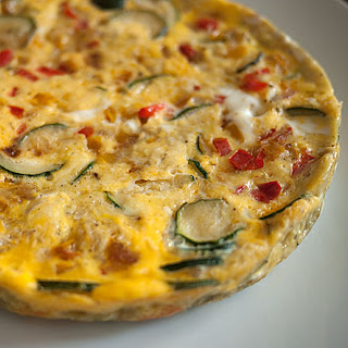 Rice Cooker Frittata With Summer Vegetables.