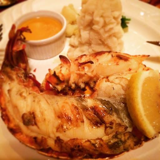 10865271_311521599057187_1128387579_n - Lobster dinner!