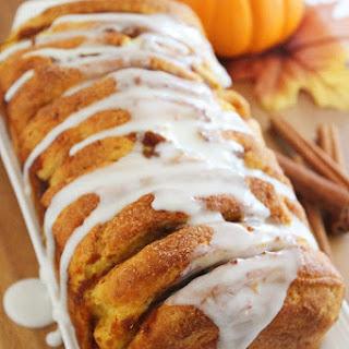 Pumpkin Spice Pull Apart Bread with Vanilla Glaze