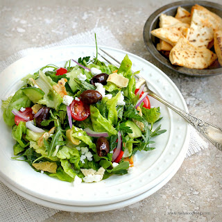 Middle Eastern Fattoush Salad.
