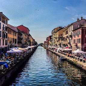 by Kevin Spagnolo - Instagram & Mobile iPhone ( milan, milano, navigli, hdr, summer, estate, mercato, market )