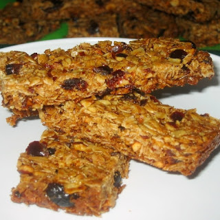 Cardamom, Hazelnut-Cherry Granola Bars