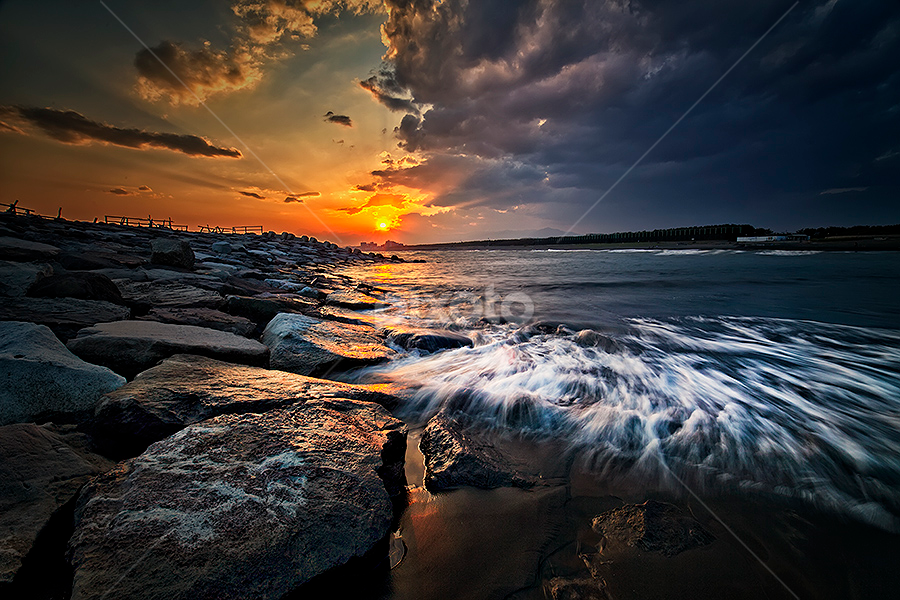 Chigasaki Flow by Nyoman Sundra - Landscapes Waterscapes ( japan, waterscape, sunset, beach, landscape,  )