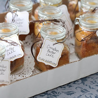 Simple Cinna-Bun Butter Cakes in a Jar.
