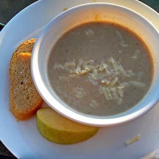 Slow Cooker Roasted Apple Cheddar Soup