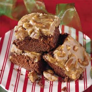 Chocolate-Praline Pecan Cake.