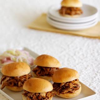 Chicken Sliders with Hoisin Sauce.