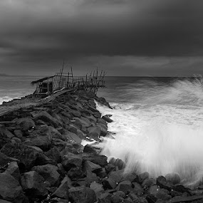 by Antonius Candy - Black & White Landscapes