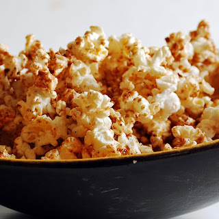 Almond Maple Popcorn Snack.